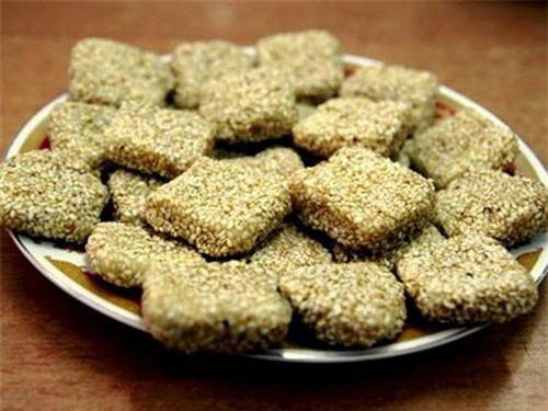 bánh mè đặc sản Đà Nẵng có thể mua làm quà