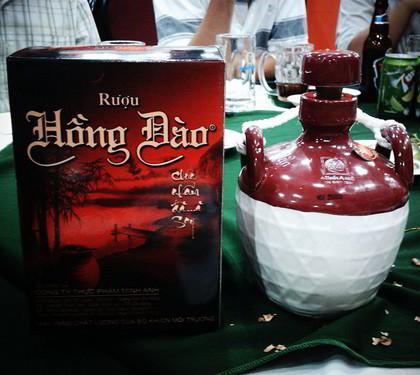 rượu Hồng Đào