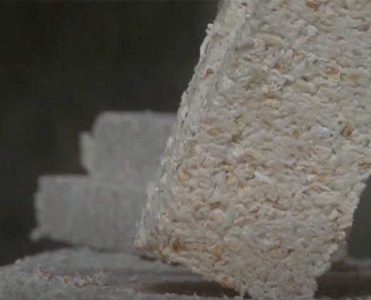 Bánh nổ Quảng Ngãi