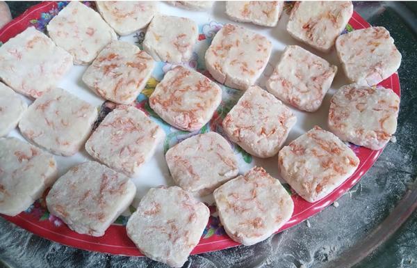 Bánh bó đặc sản Quảng Ngãi